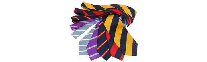 Krawatten mit Clubstreifen aus unserem Shop